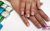 Простой дизайн ногтей на 8 марта